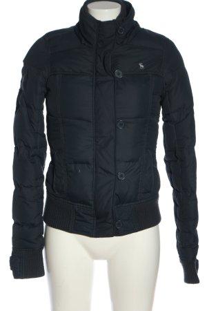 Abercrombie & Fitch Winterjacke blau-weiß Schriftzug gestickt Casual-Look