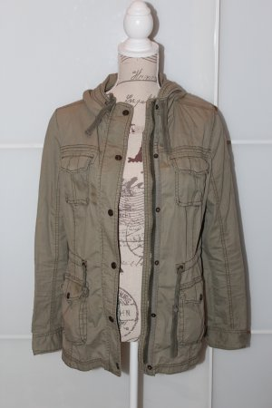 Abercrombie Parker in Olive