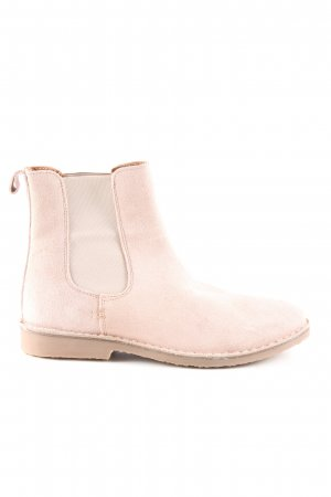 About You Botines Chelsea crema look casual
