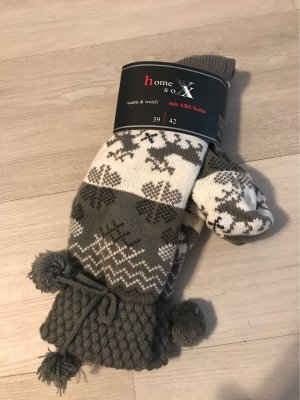 Pantoufles-chaussette gris brun-blanc