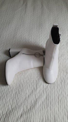 Absatz Stiefel mit Reißverschluss