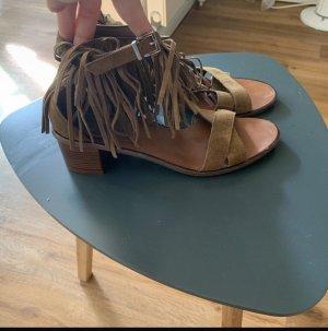 Zara Sandalias de tacón con barra en T marrón