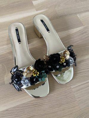 Zara Outdoor sandalen goud
