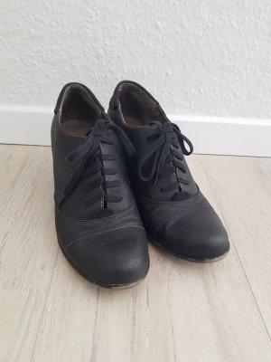 Absatzschuhe in schwarz