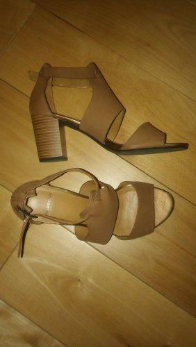 Vagabond Sandalo con cinturino color cammello Pelle