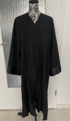 Abschluss robe kostüm