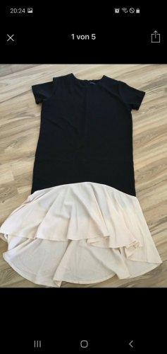 Robe bas asymétrique noir-crème