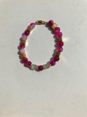 Achat Armband  pink mit goldenen  Metallwürfeln
