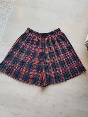Pantalón corto de talle alto rojo oscuro-azul oscuro