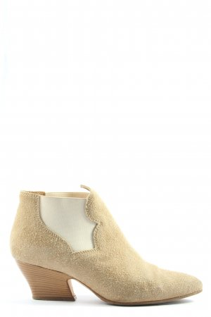 Acne Chelsea Boots cream casual look