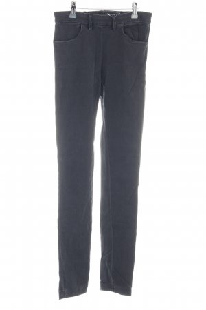 Acne Vaquero skinny gris antracita look casual