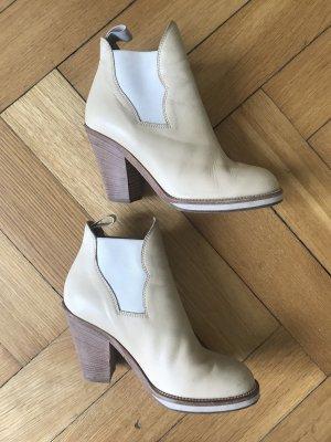 Acne Botas de tobillo crema