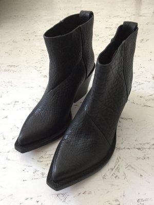 Acne Botines estilo vaquero negro Cuero