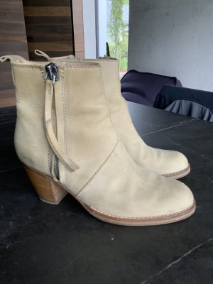Acne Booties beige leather
