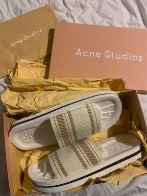Acne Studios Sandalias cómodas crema-blanco