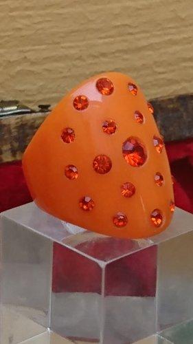 Acryl Ring mit Zirkonia Steinchen Orange Gr.17