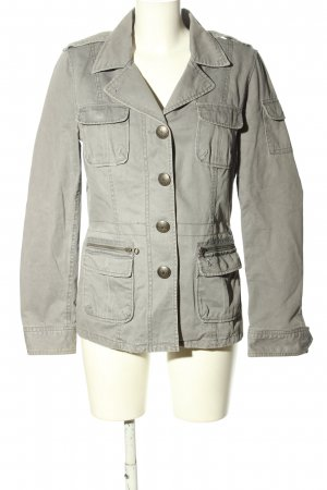 Active wear Chaqueta corta gris claro look casual