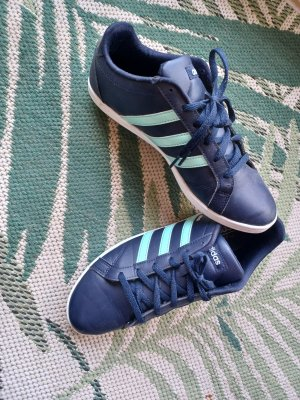 Adidad Sneaker dunkelblau mint