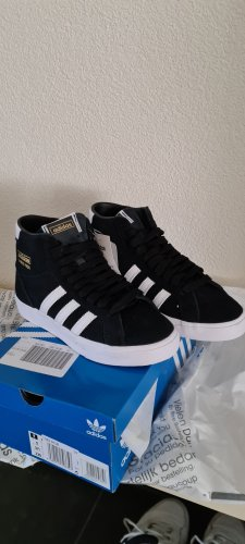 Adidas Basket montante noir cuir