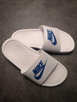 Adidas Strandsandalen wit