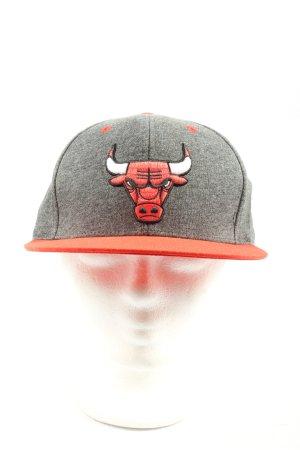 Adidas Gorra de béisbol gris claro-rojo estampado temático look casual