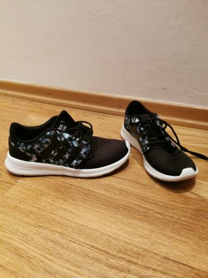 ADIDAS CF QT Racer Fitness & Jogging Sneakers