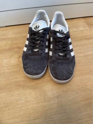 Adidas Sznurowane trampki biały-ciemnoszary