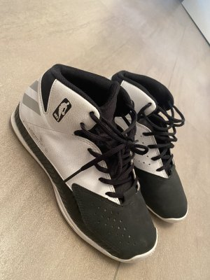 Adidas High Top Sneaker black-white