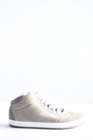 Adidas Basket montante gris clair style décontracté
