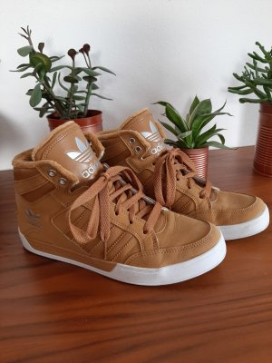 Adidas High Top Sneaker Gr. 39