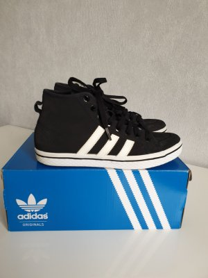 Adidas Originals High Top Sneaker black-white