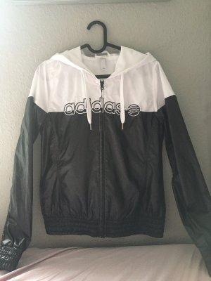 Adidas Jacke Schwarz Weiß ( nur einmal getragen )