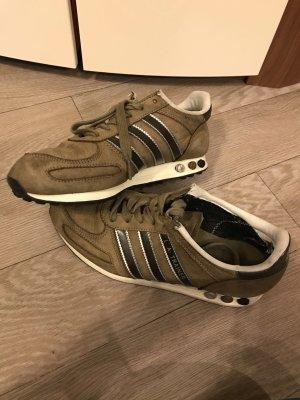 Adidas Originals Sznurowane trampki brąz-brązowy