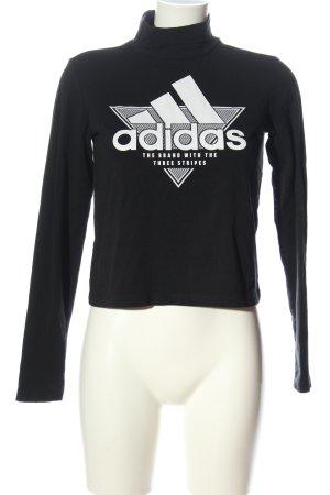 Adidas Manga larga negro letras bordadas look casual