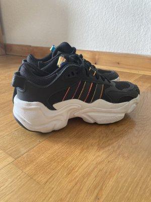 Adidas Zapatilla tipo cuña negro