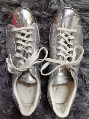 Adidas Metall toe