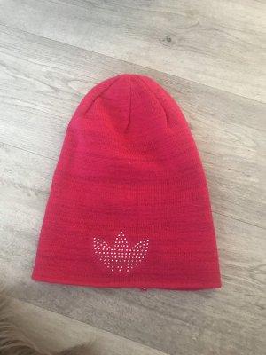 Adidas Originals Chapeau en tricot rouge framboise