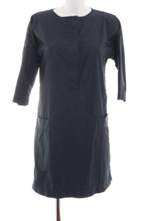 Adidas NEO Vestido tipo blusón azul look casual