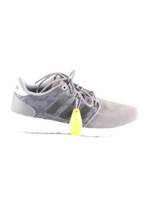 Adidas NEO Zapatilla brogue gris claro look casual