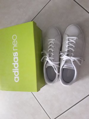Adidas NEO Lace-Up Sneaker white-oatmeal leather