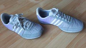 Adidas NEO Sneaker stringata grigio chiaro-viola