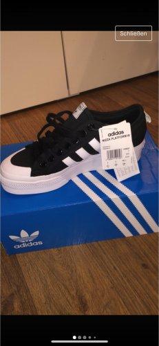 Adidas Nizza Schuhe