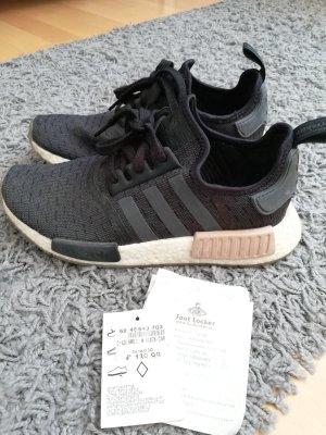 Adidas NMD R1 schwarz Größe 40