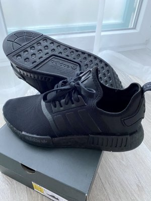 Adidas NMD R1-Sneaker low-core Black