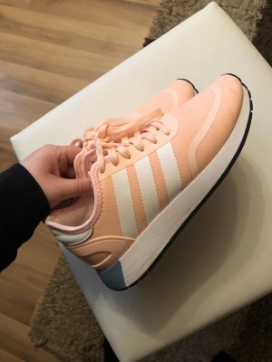 Adidas Originals Sneakers met veters abrikoos