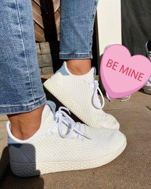 Adidas / Pharrell Williams