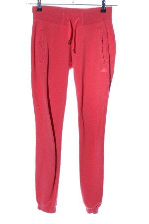 Adidas Pantalon large rouge imprimé avec thème style décontracté