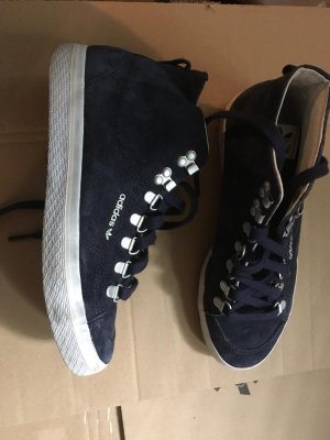 Adidas samt sneakers