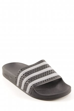 Adidas Schlüpfschuhe schwarz-silberfarben Street-Fashion-Look