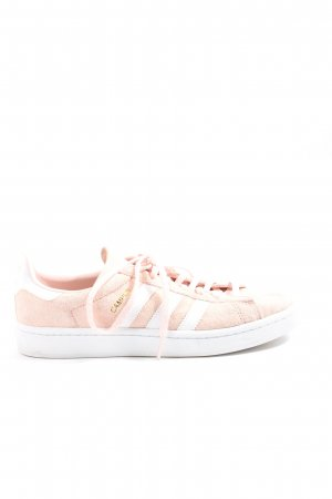 Adidas Zapatilla brogue crema-blanco look casual